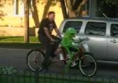 Mit Kermit auf dem Tandem