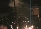 Blitz trifft Telefonmast