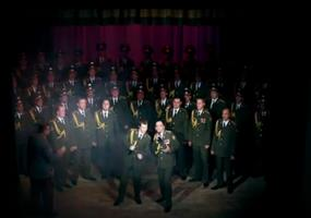 Russischer Polizei-Chor singt Get Lucky