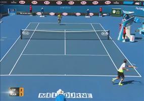 Balljunge beim Tennis