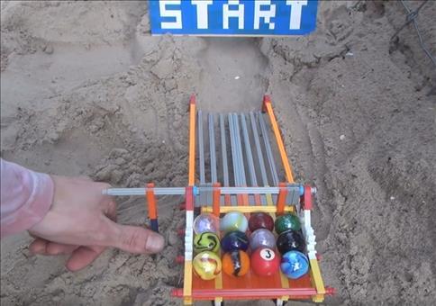 Murmelrennen im Sand