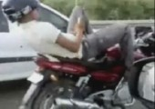 Entspannter Biker