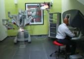 Roboter schält Weintraube
