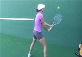 Beeindruckende Volley Skills beim Tennis