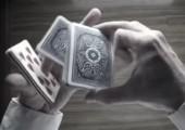 Stilvoll Karten mischen