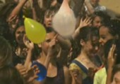 Wasserballons in Slow Motion