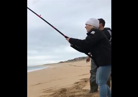 Er will seinen Fisch zurück!