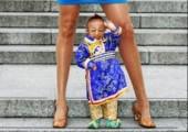 Kleinster Mann der Welt trifft Riesen-Frau