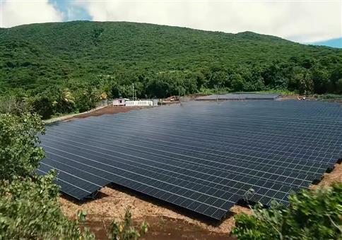 Eine komplette Insel stellt auf Solar um