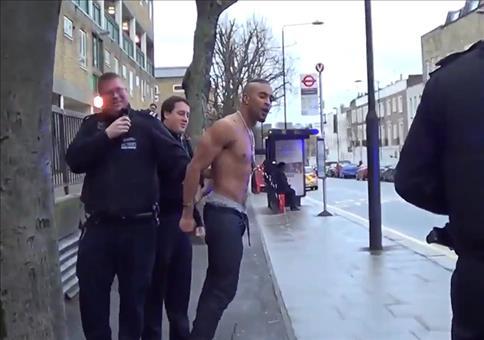 Er musste bei der Verhaftung sehr dringend aufs Klo