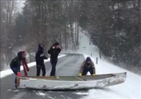 Kanu im Winter