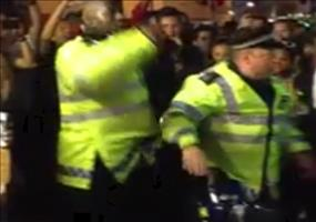 Cops beim Notting Hill Carneval