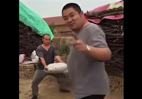 Etwas Kung Fu in der Mittagspause