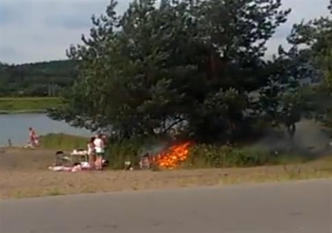 Gemütlich am See grillen