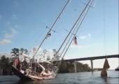 Seegelschiff vs. zu niedrige Brücke