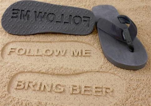 Bring Bier Flip Flops