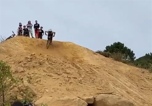 Einrad Anlauf mit BMX