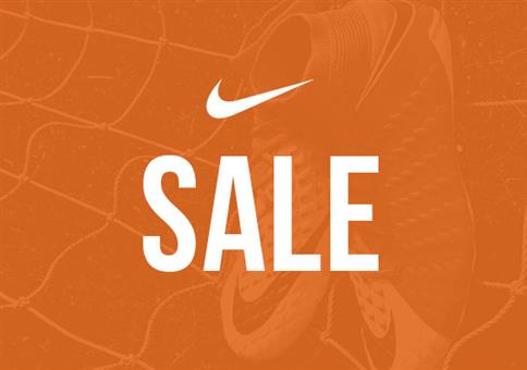 Nike End of Season Sale bis zu 50% + 20% Extra-Rabatt
