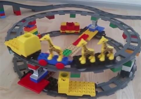 Duplo Eisenbahn - Interstellar Edition