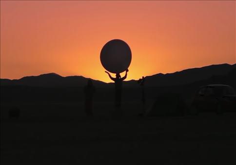 Massstabgetreues Modell des Sonnensystems