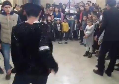 Michael Jackson die Show stehlen