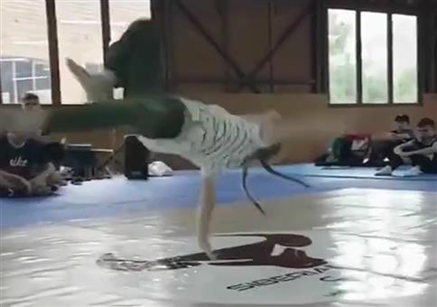 Breakdance Mädchen