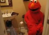 Elmo animiert zum Kacken
