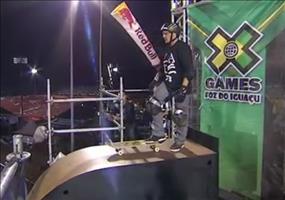 Krasser Skateboardsprung: Ollie 720 ohne Handarbeit