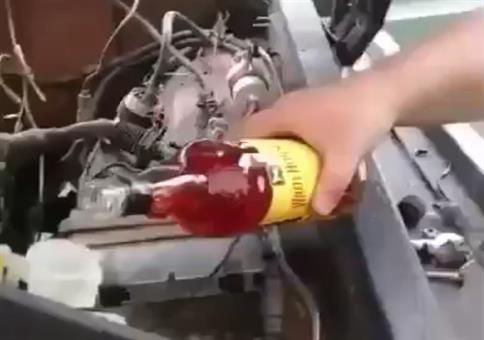 Auto mit Hochprozentigem betanken