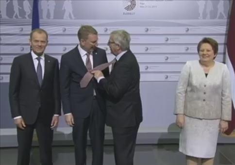 Jean-Claude Juncker ist der Backpfeifen König