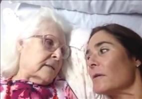 Alzheimerkranke Mutter erkennt Tochter