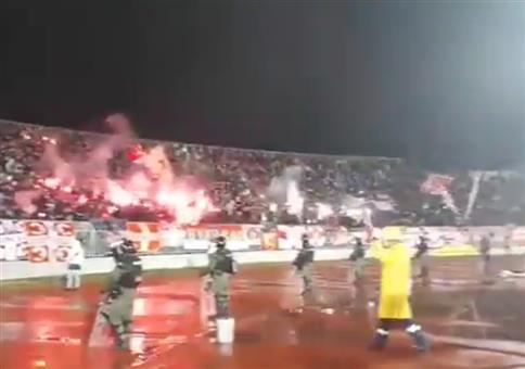 Neulich im Fußballstadion: Pyrotechnik Overload