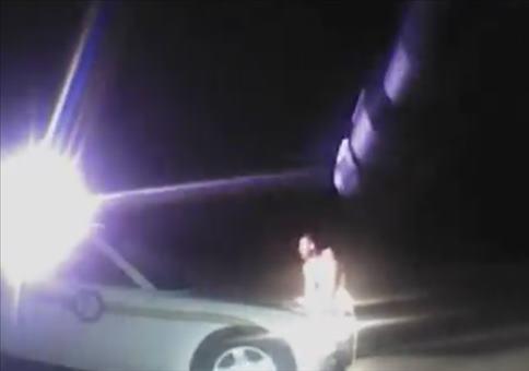 Wenn dir ein nackter Irrer dein Polizeiauto klaut