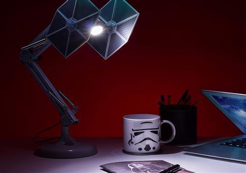 Tie Fighter Schreibtischlampe