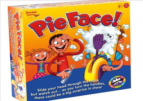 Wer bekommt die Torte ins Gesicht?