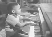 Kleiner Klavierspieler