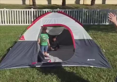 Alle Mann raus aus dem Zelt!