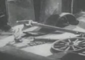 Metal eating bird - Stop Motion von 1930