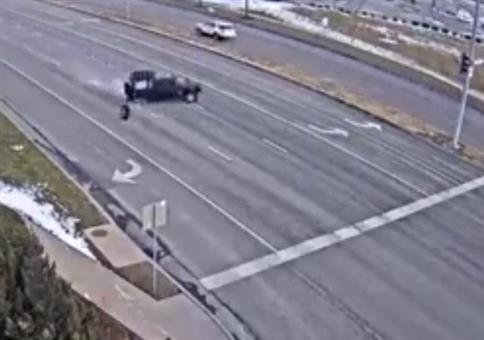 An der Kreuzung mal eben die Reifen verloren