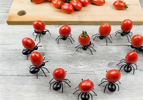 Wenn dir riesige Ameisen deine Essen ranschaffen