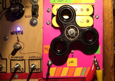 Ein Fidget-Spinner als analoger Soundgenerator