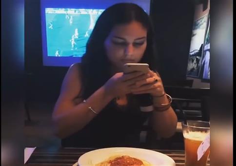 Wie ruiniert man fremde Instagram-Essens-Bilder