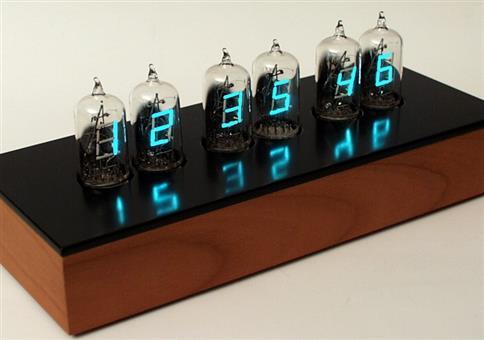 Elektronenröhren Uhr