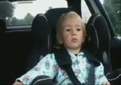 Kiddie geht ab zur Musik