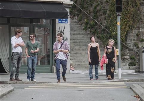 Kleiner Zaubertrick mit dem Smartphone im Strassenverkehr