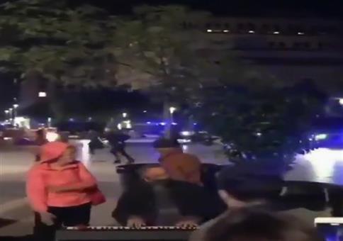 Liebliche Klavierklänge und Polizeieinsatz