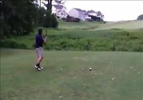 Kleiner Ausraster beim Golf