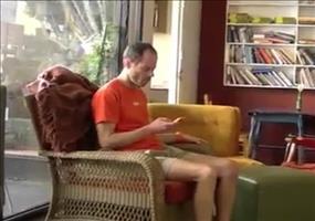 Streich: Der menschliche Sessel