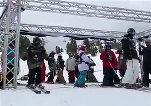 Gekonnter Start beim Skifahren