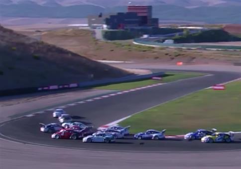 Sehr kurioser Unfall beim Porsche Carrera Cup France